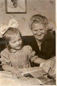 wie so häufig, nach getaner Arbeit lesen Oma und ich eine Zeitschrift